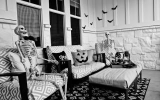 Spooky Front Porch